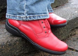 025 Jan boots red