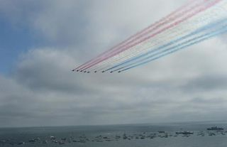 Red arrows arrive