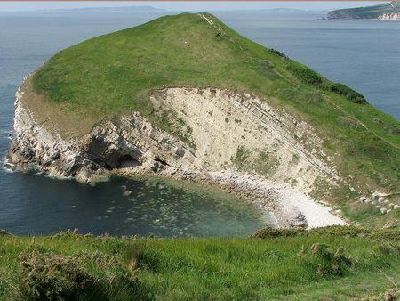 Tyn cliffs red
