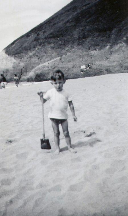 Nij beach age 2