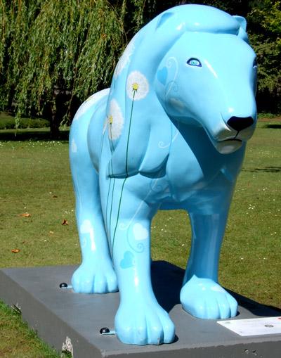 Lion-4