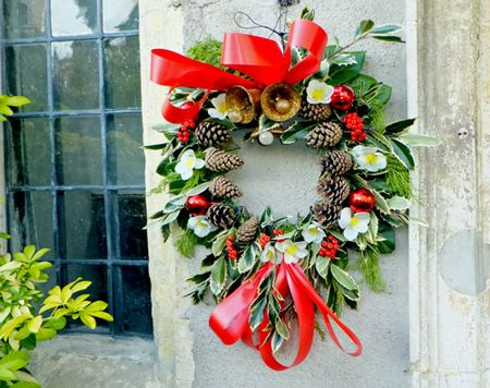 Avebury-wreath
