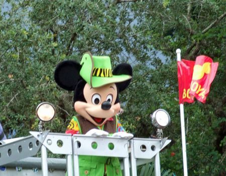 Ak-parade-mickey