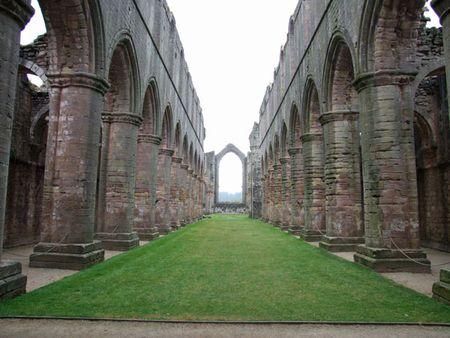 Fountains Abbey (2)