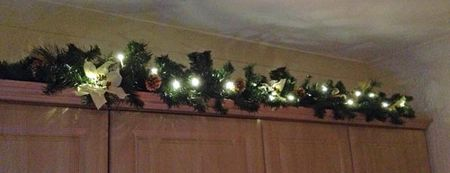 Xmas-kitchen-garland
