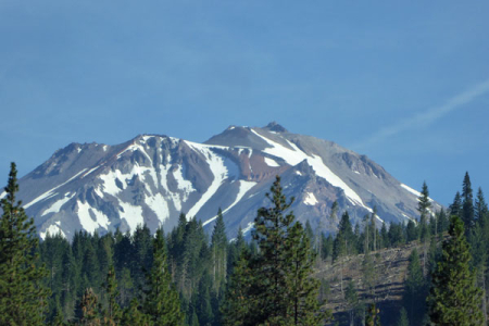 2-mount-shasta-close