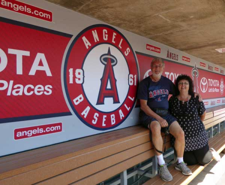 16-angels-dugout-us