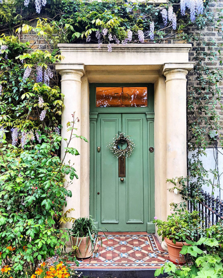 Gorgeous-front-doors-photography-london-bella-foxwell-24-5ee0bf414e33d__700